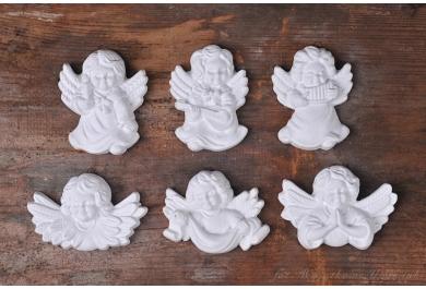 Gipsowe aniołki